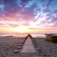 Strand_Meer_Boot-585x390